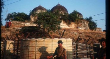 India SC rules to hand over Babri Mosque land to Hindus