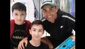 Cristiano Ronaldo fulfills disabled Muslim boy's wish
