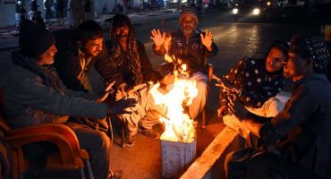 Karachi welcomes new year with severe cold, continental winds