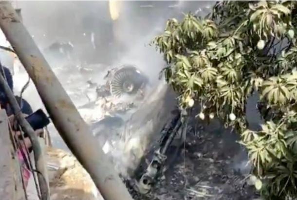 Bank of Punjab Chief  Zafar Masood  survived in plane crash