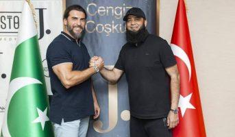 J. Signed Contract with Turgut and Bamsi Alp of Ertugrul Ghazi