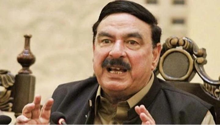 Nawaz Sharif 's fate is similar to Altaf Hussain's fate , Sheikh Rasheed