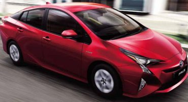 Toyota Prius 2020 - Added Features, Design Upgrades and Price
