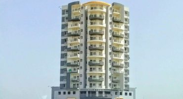 Nasla Tower owners to refund residents in three months: SC